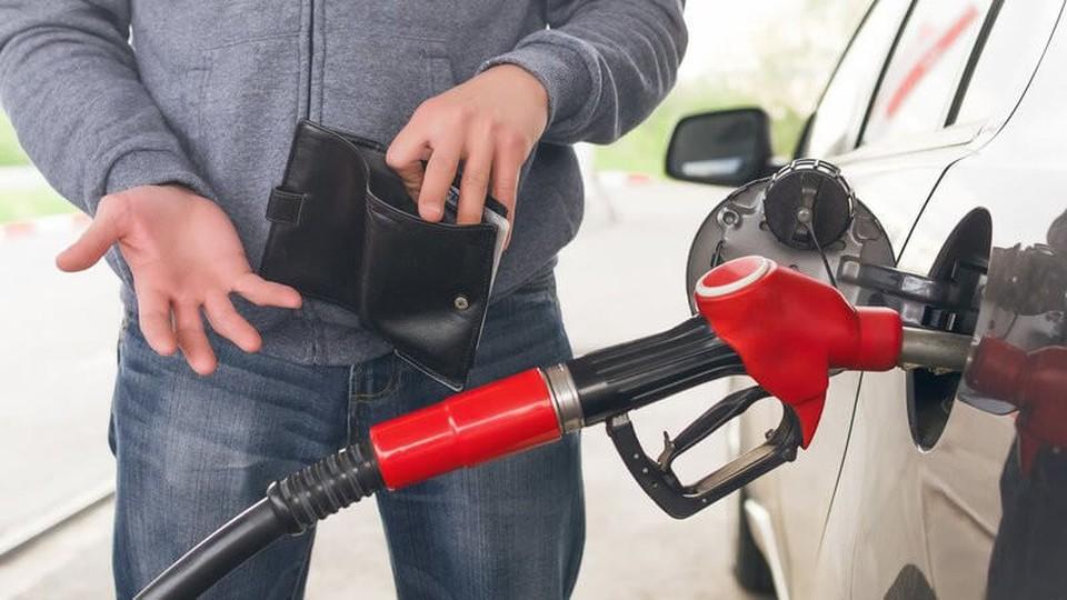 Топливо на молдавских АЗС дорожает каждый день. Фото: соцсети