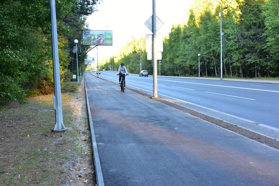 В Ханты-Мансийске появилась новая велодорожка и яркая подсветка Фото: Городской информационный центр