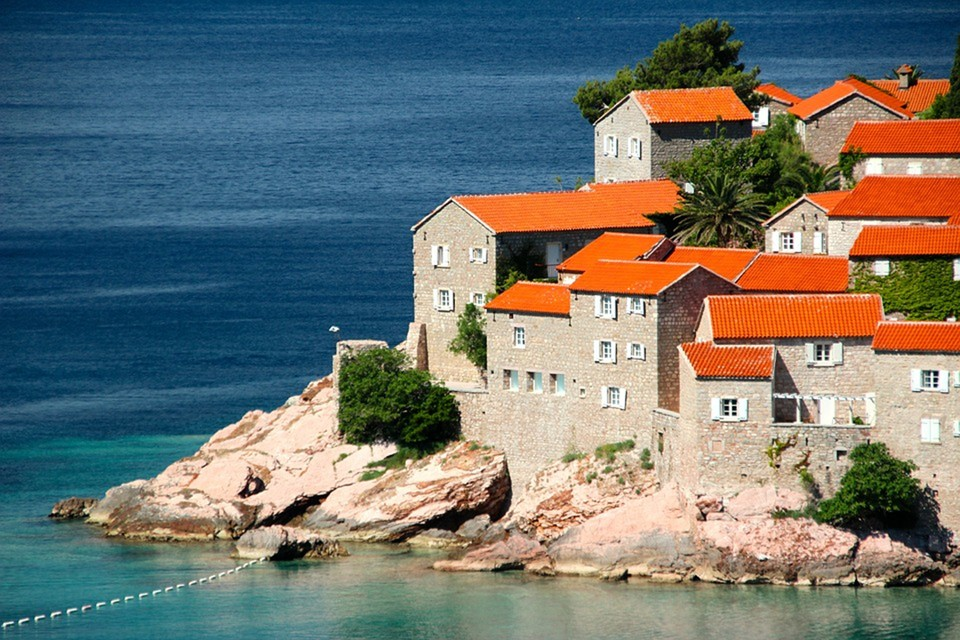 Черногория с 14 сентября введет для туристов обязательное условие въезда – вакцинацию. Фото: pixabay