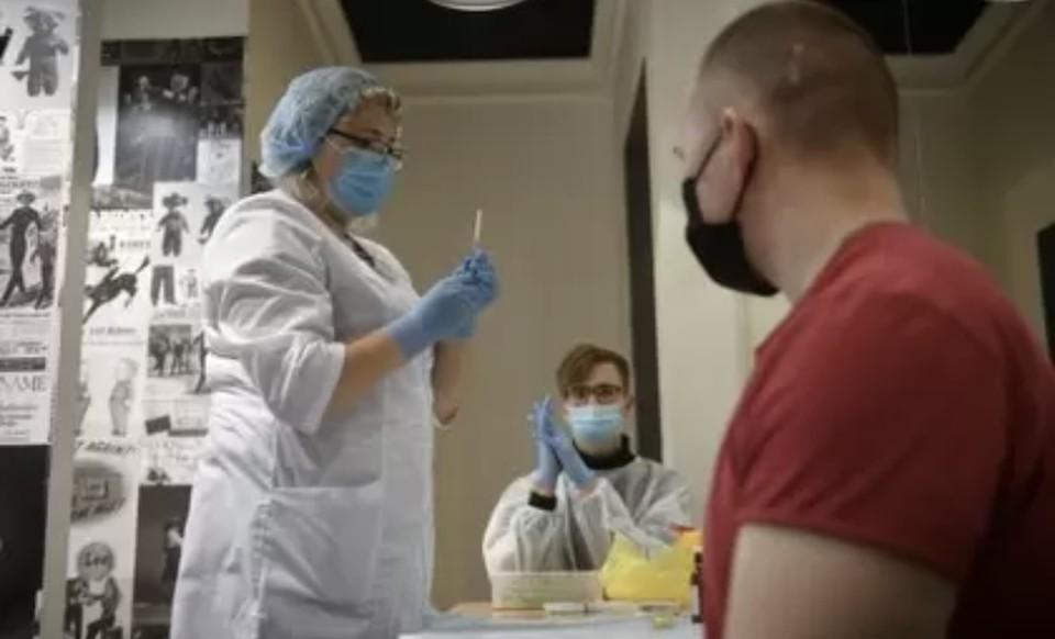 За последние сутки снизилась смертность от коронавируса в регионе.