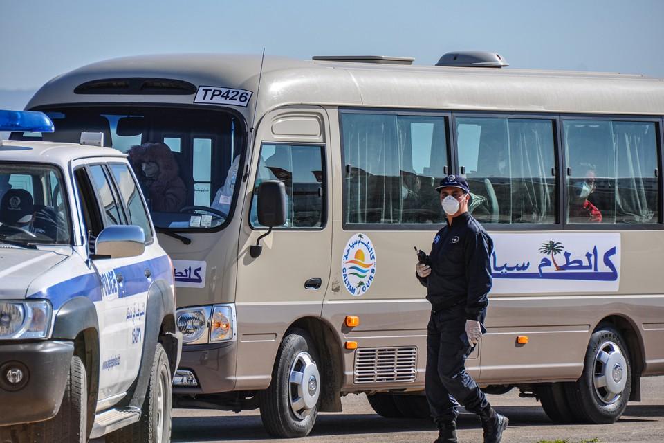 В Алжире 18 человек погибли в результате столкновения грузовика с автобусом