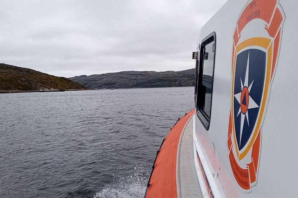 Спасатели нашли тело третьего погибшего в крушении катера. Фото: МЧС по МО