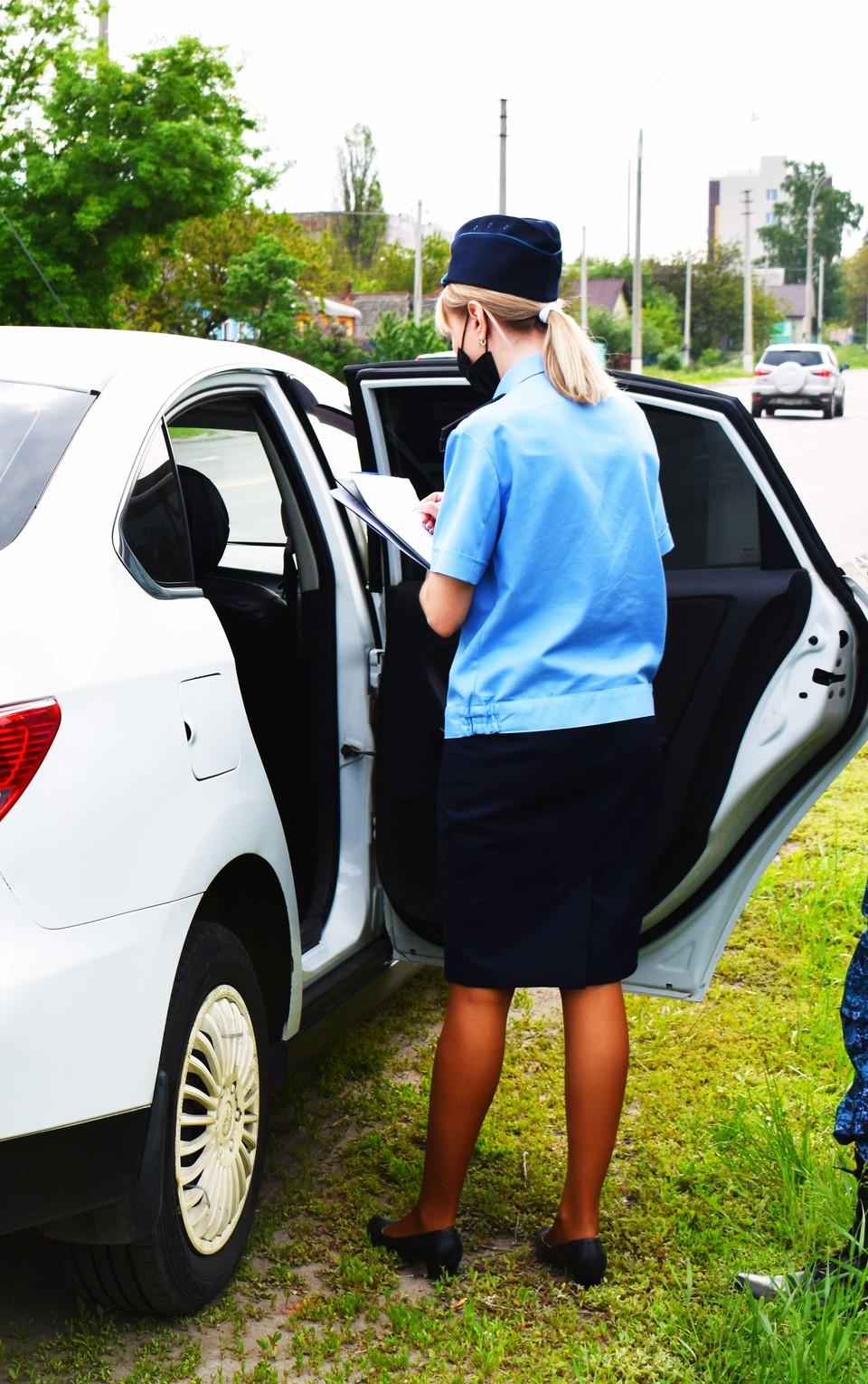 Погасить задолженность мужчина решил лишь после того, как на его машину «ЗАЗ Chance» наложили арест. Фото пресс-службы УФССП России по Белгородской области.