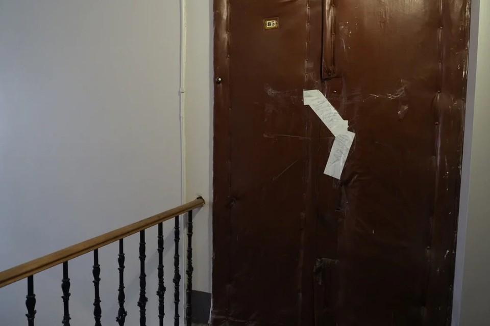 В Петербурге мужчина сядет в тюрьму на 2 года за поджог чужой двери.