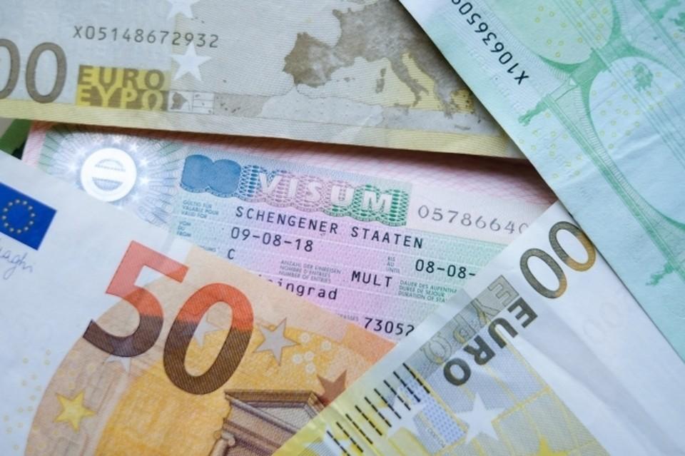 Экономист оценил падение евро ниже 86 рублей впервые с июня 2021 года