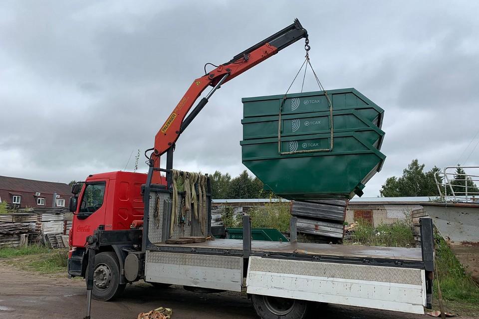 В ЗАТО Озерный на смену пакетированному вывозу мусора пришли новые контейнеры.