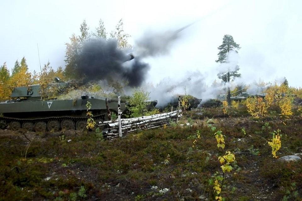 Военнослужащие отработали ведение огня из стрелкового оружия, боевых машин, орудий. Фото: пресс-служба СФ