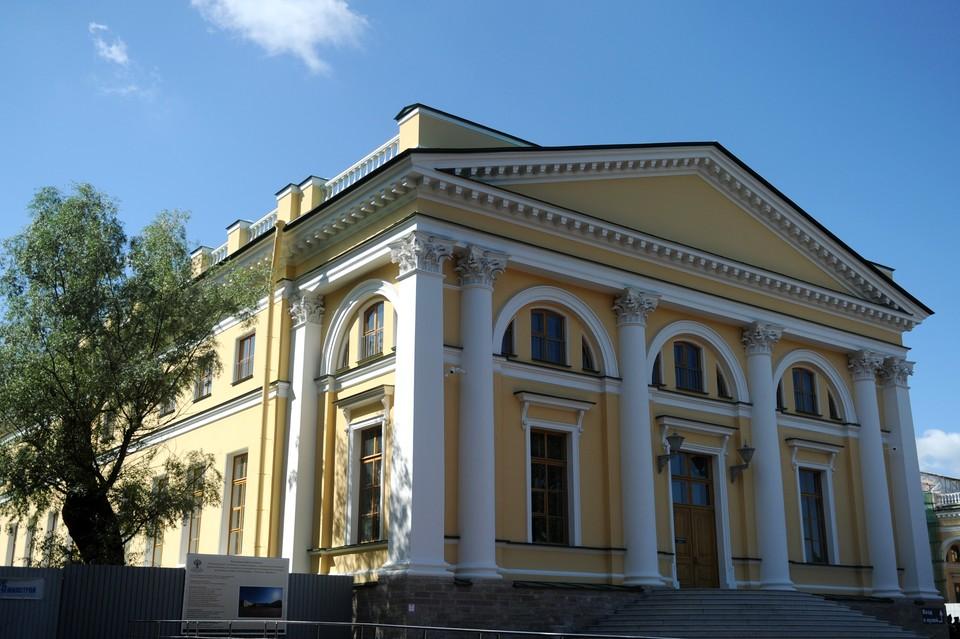 Тринадцать личных комнат последнего российского императора увидели уже около 17 тысяч человек.