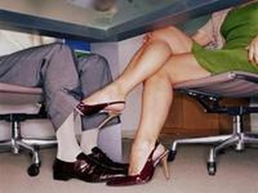 Служебные секс в офисе