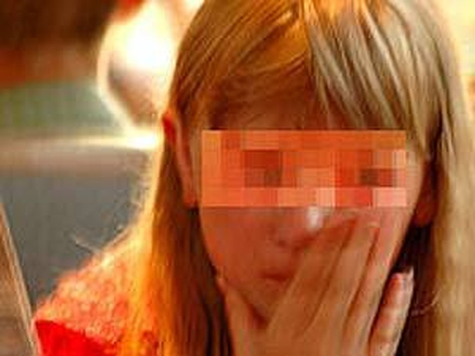 Я изнасиловал сестру школьницу когда пришел домой