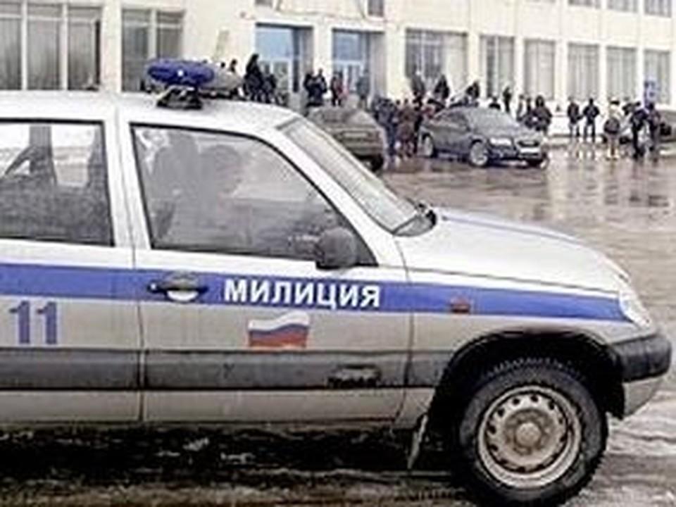 Столичные полицейские разыскивают троих кавказцев, ранивших из травматики их коллегу