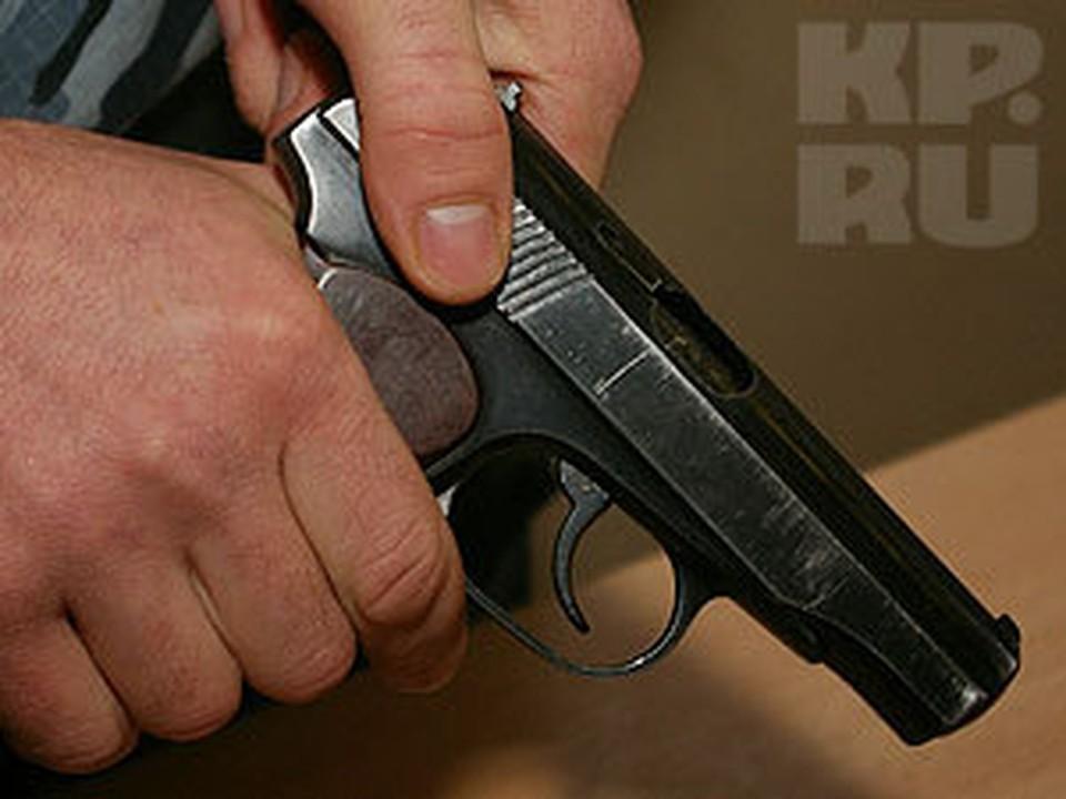 После стрельбы на проспекте Кирова преступник бросил пистолет на месте ЧП.