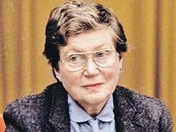 Телеведущая «КП» Елена Ханга: «Как бежать из СССР, Светлане Аллилуевой подсказала моя мама»