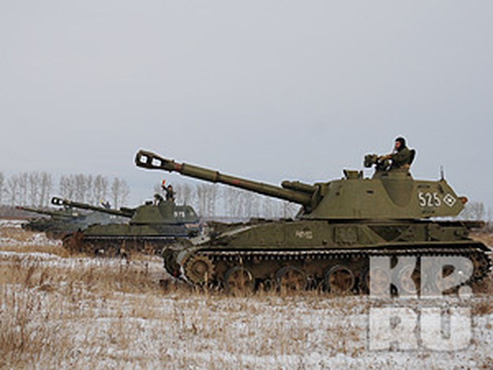 Мечта 6-летнего мальчика из детского дома сбылась: он познакомился с танкистами и сам покатался на боевой машине.
