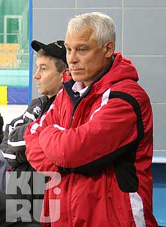 Вчера «Кузбасс» разгромил в Абакане «Саяны» (9:2) и вновь возглавил турнирную таблицу в группе «Восток»