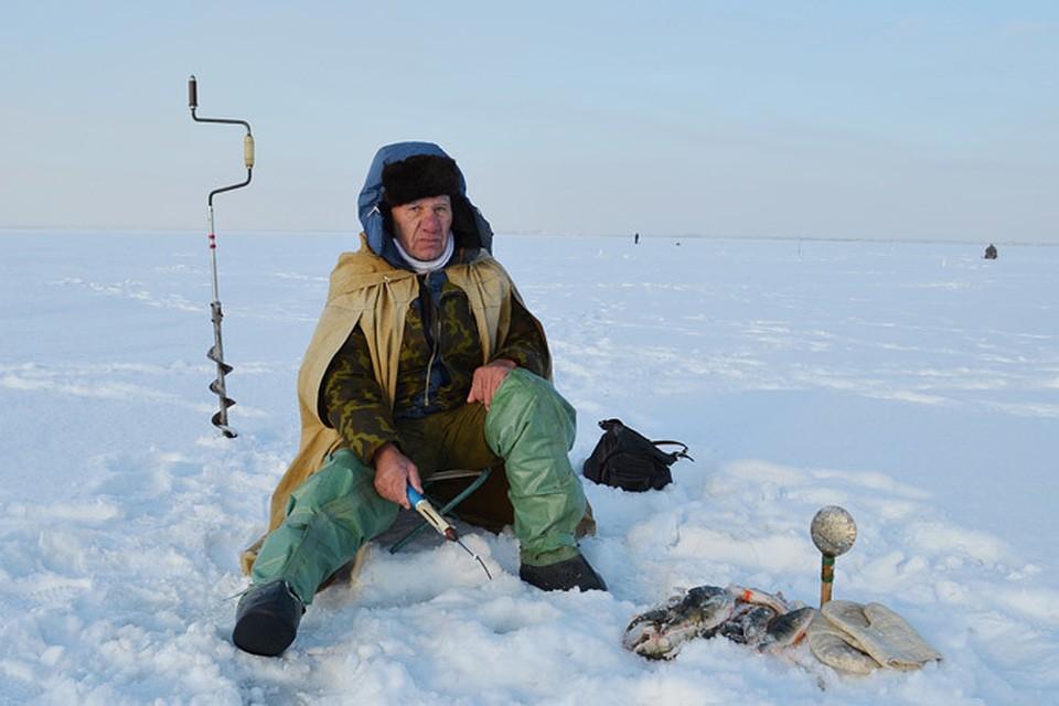 ловля чебака в марте на озере