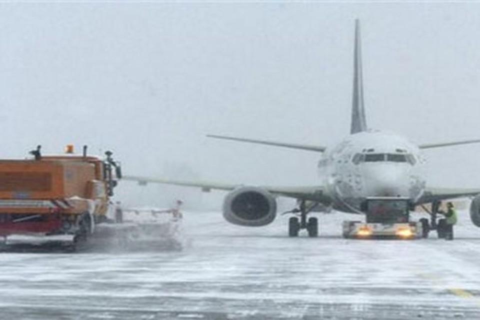 Аэропорт в Минске закрыли из-за сложных погодных условий