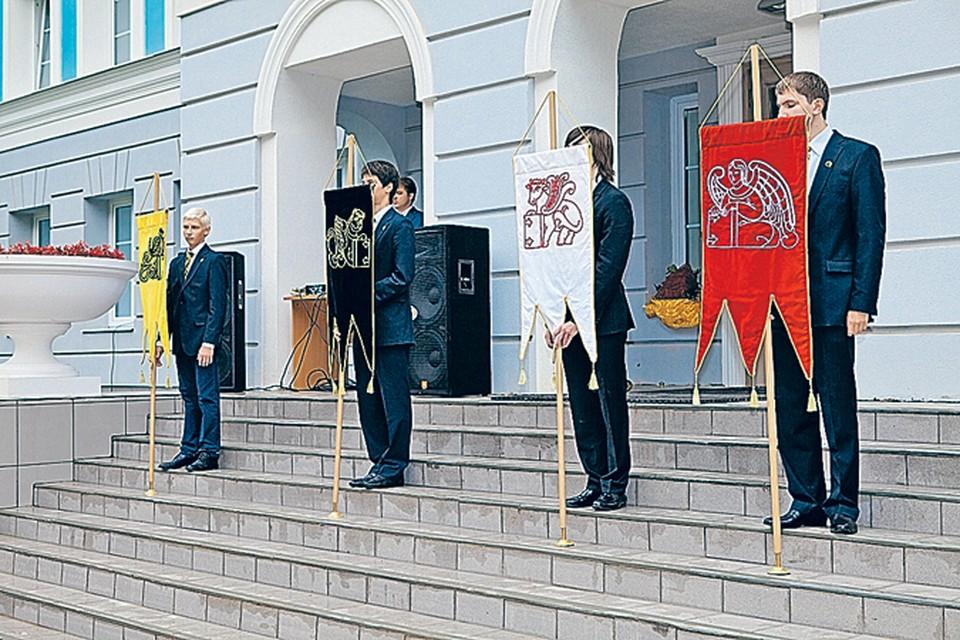 Выпускники гимназии Святителя Василия Великого продолжат традиции пушкинского лицея.