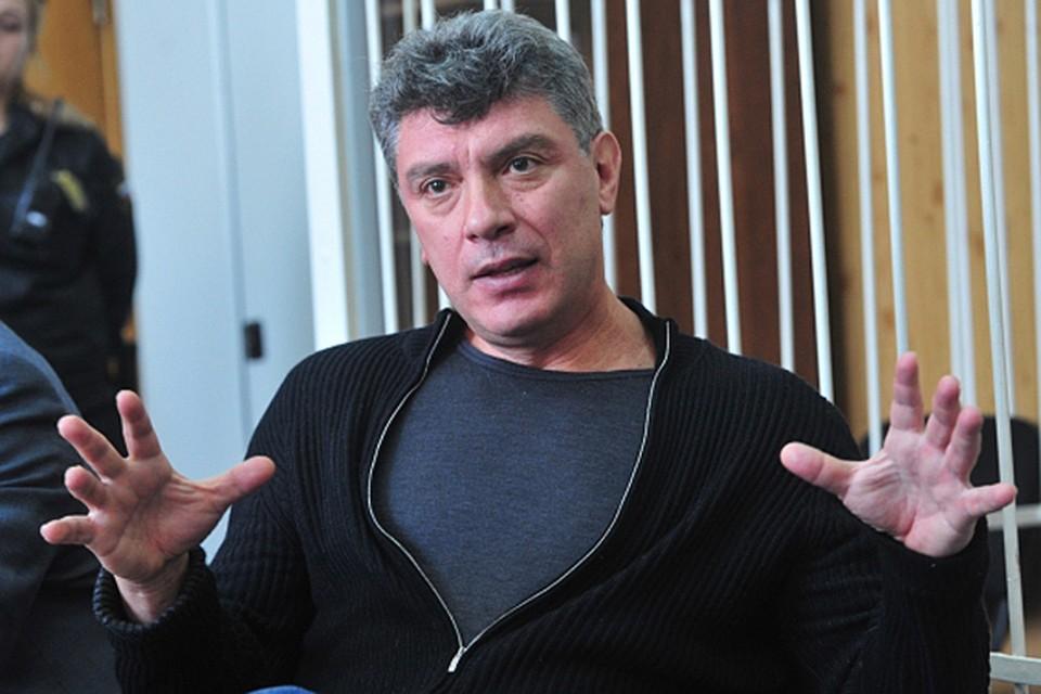 Борис Немцов:  «Навальный провел меня в зал суда по блату»