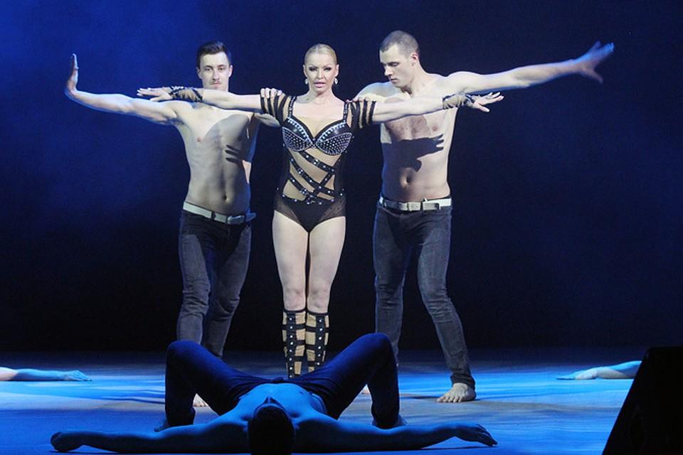 Челябинск грубый секс с балериной фото 537-725