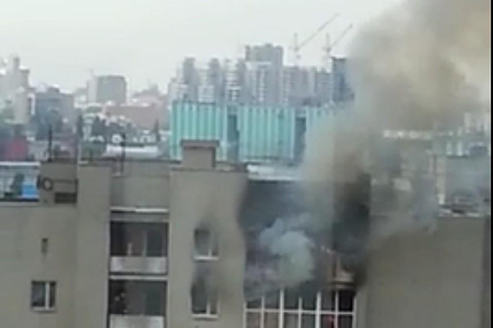 Самый крупный пожар произошел на проспекте Труда. Сгорела четырехкомнатная квартира.