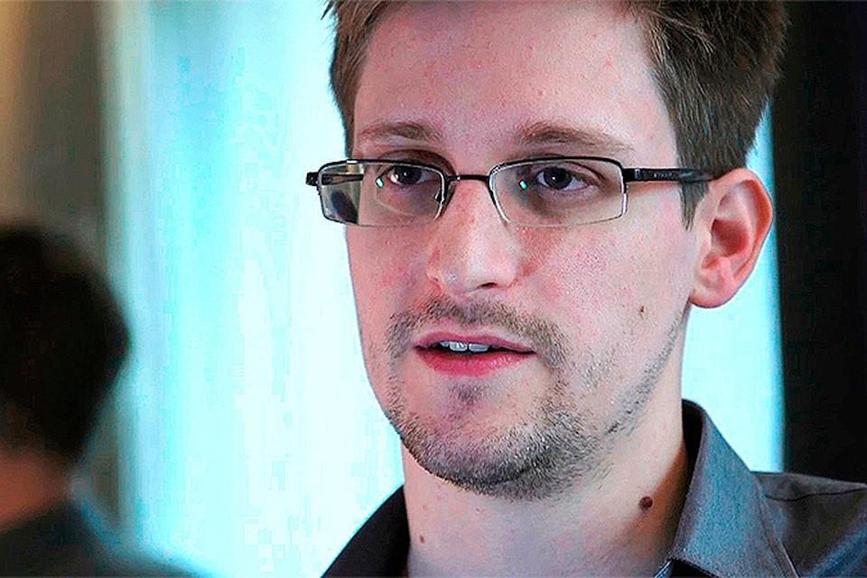 Сноуден выучил по-русски слова «тяжко» и «стакан»