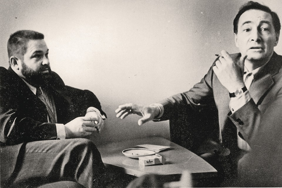 Юлиан Семенов с Вячеславом Тихоновым во время работы над сериалом «Семнадцать мгновений весны».
