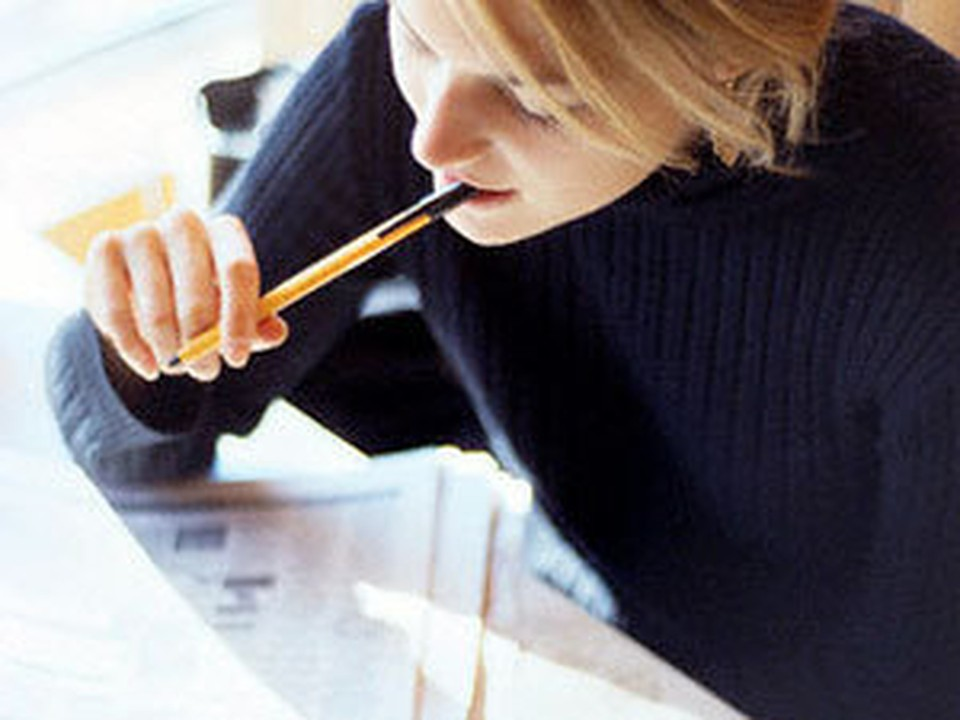 Пособия по безработице едва хватит на кофе и газету с объявлениями
