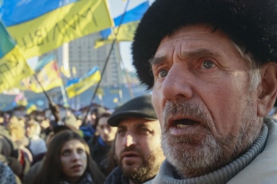 В центре Киева - на площади Независимости - прошло очередное «народное вече»