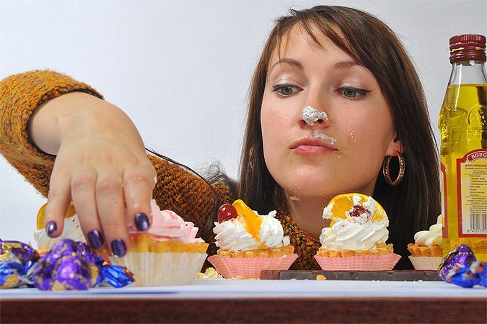 8 Марта в Москве: перевоплотиться в Монику Белуччи и отведать сладостей