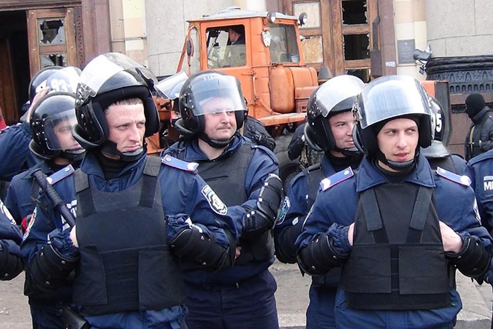Авакову очень не понравилась пассивность милиции во время изгнания митингующих из харьковской обладминистрации