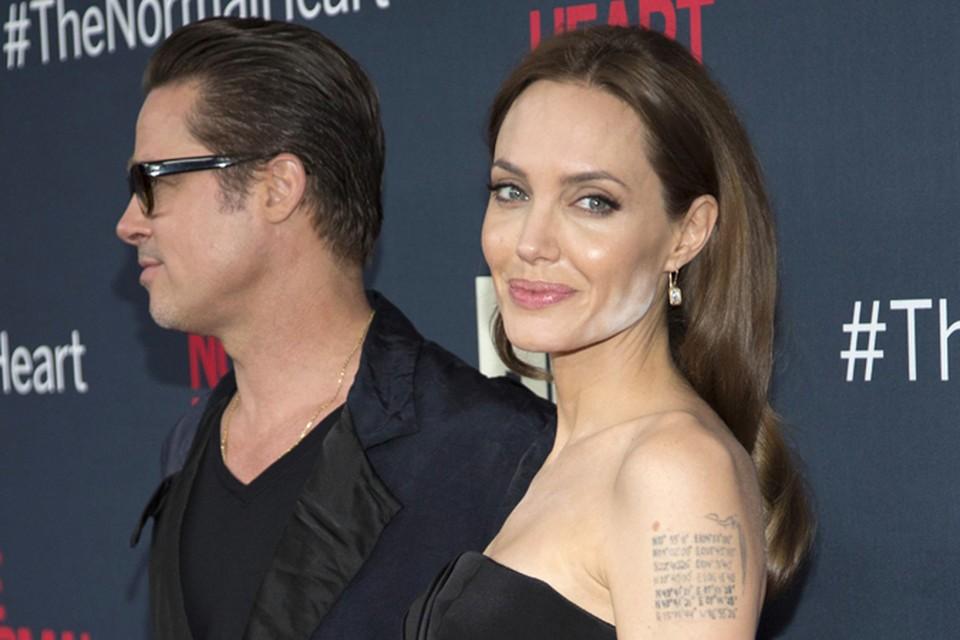 """Поддержать коллег на премьере фильма """"Обычное сердце"""" пришли многие звёзды, в том числе Анджелина Джоли и Брэд Питт."""