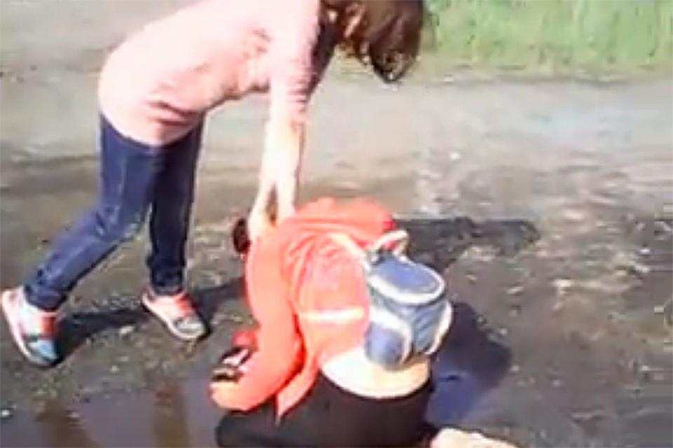 Внаказание жена заставила пить свою мочу фото 574-519