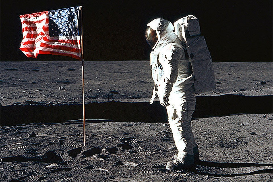 the controversy over the moon landing by apollo 11 in 1969 Moon landing: conspiracy or reality on july 20th 1969, the apollo 11 with astronaut after considering the process that surrounded the moon landing and the.