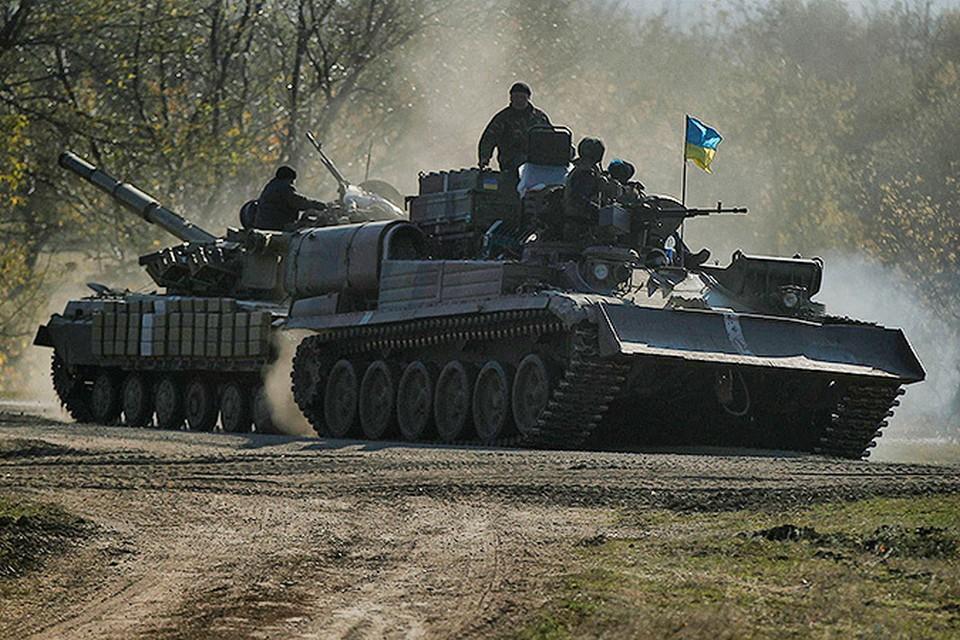 Советник Президента Петра Порошенко Юрий Луценко заявил, что режим перемирия нужен Украине для изготовления украинского оружия и техники.