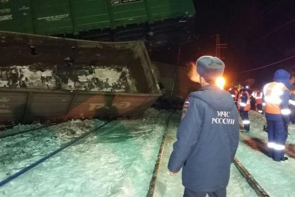 Аварийно-восстановительные работы прололжаются. Фото: ГУ МЧС по Омской области