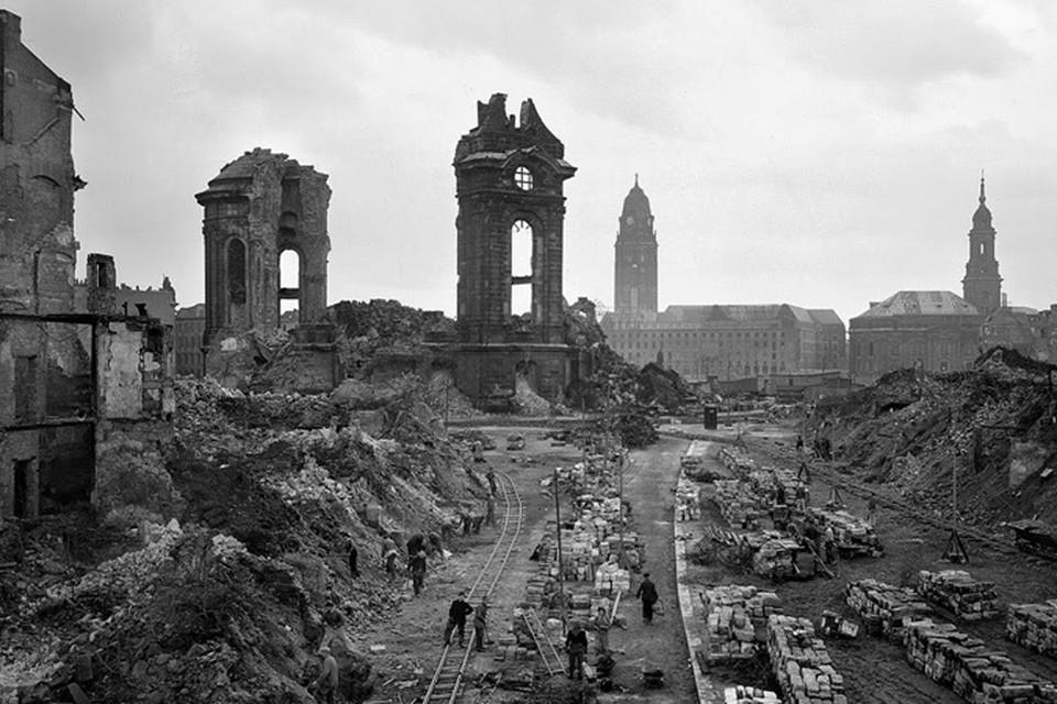 13-15 февраля 1945 года авиация США и Великобритании устроила мирным жителям ад на земле