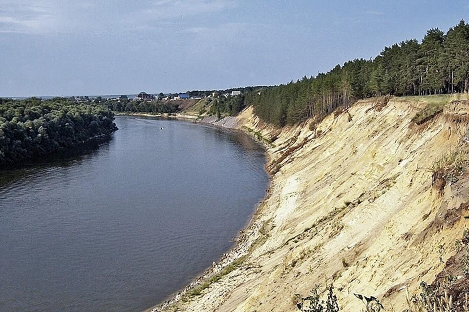 Падение уровней нанекоторых участках рек может достигать нескольких метров.