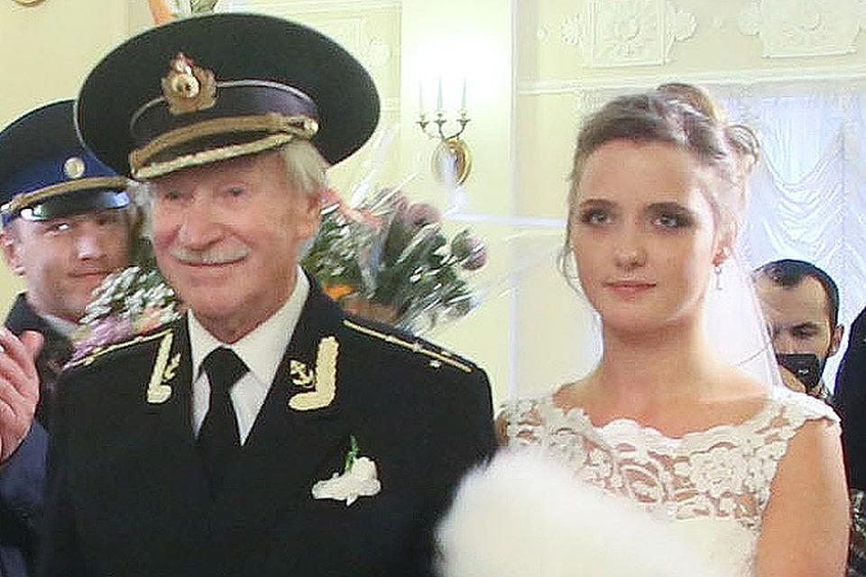 Русские женщины рассказывают как они провели первую брачную ночь видео фото 107-644