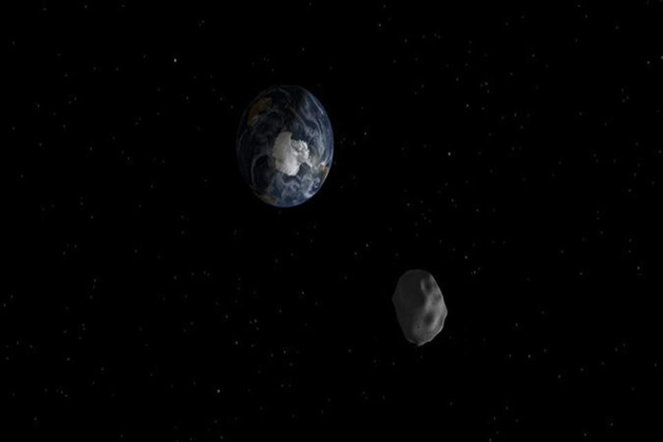 NASA: К Земле летит гигантский астероид
