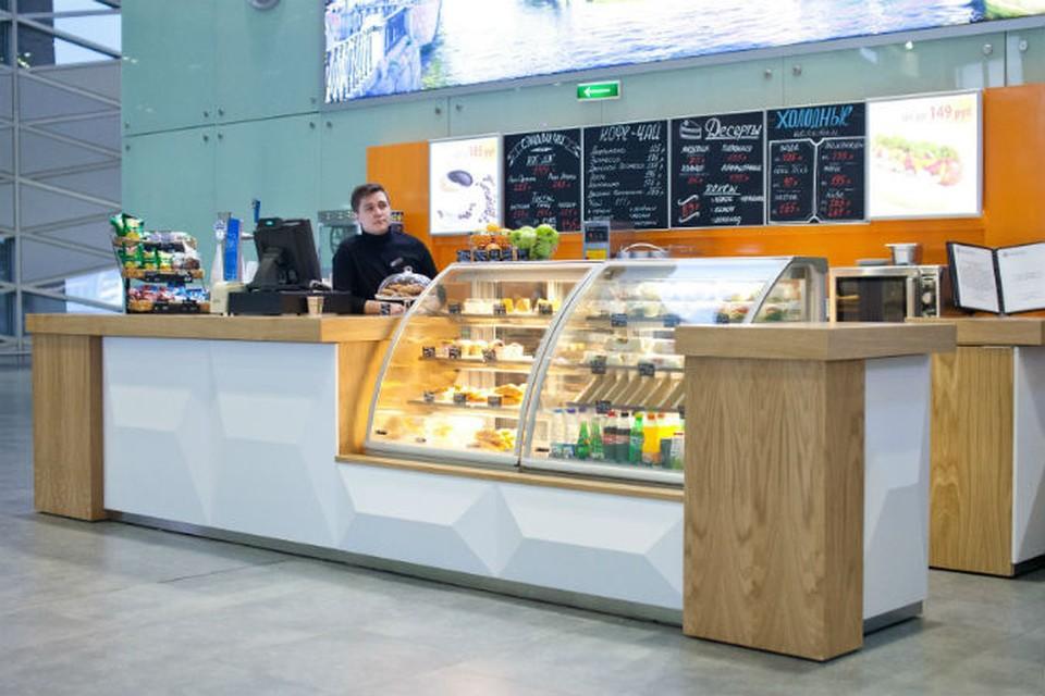 В аэропорту Пулково открылся бар «Росинтер».