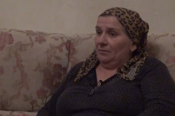 В Чечне наградили сторожа школы, предотвратившую второй Беслан