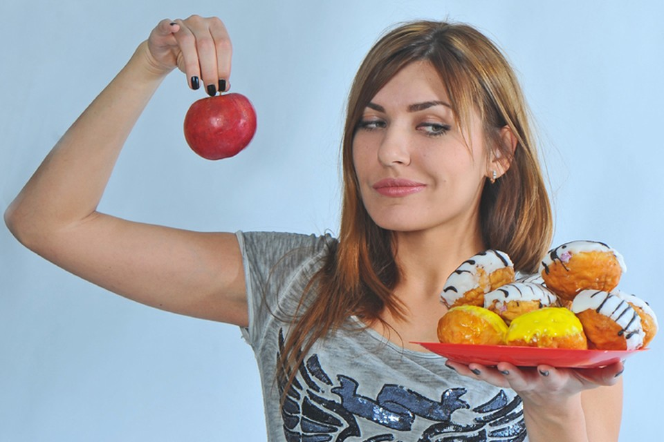 Нельзя жестко ограничивать организм в тех или иных компонентах. Нужно питаться сбалансированно, иначе рискуете повредить здоровье