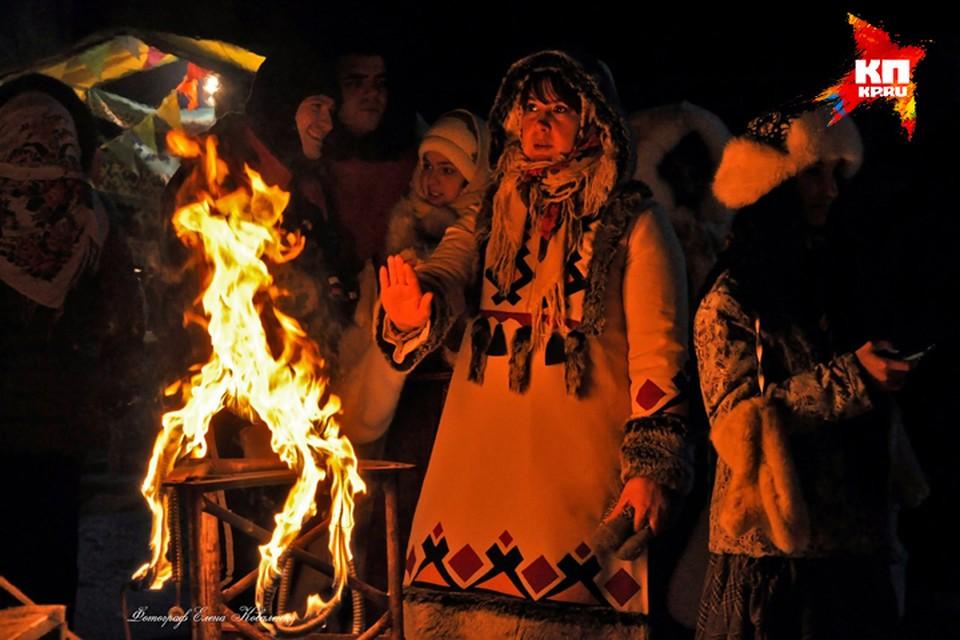 Юрты, национальные костюмы и прочая атрибутика создали в Ловозере неповторимый колорит.