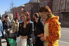 На Первомае задержали людей с радужными флагами и крымско-татарским стягом