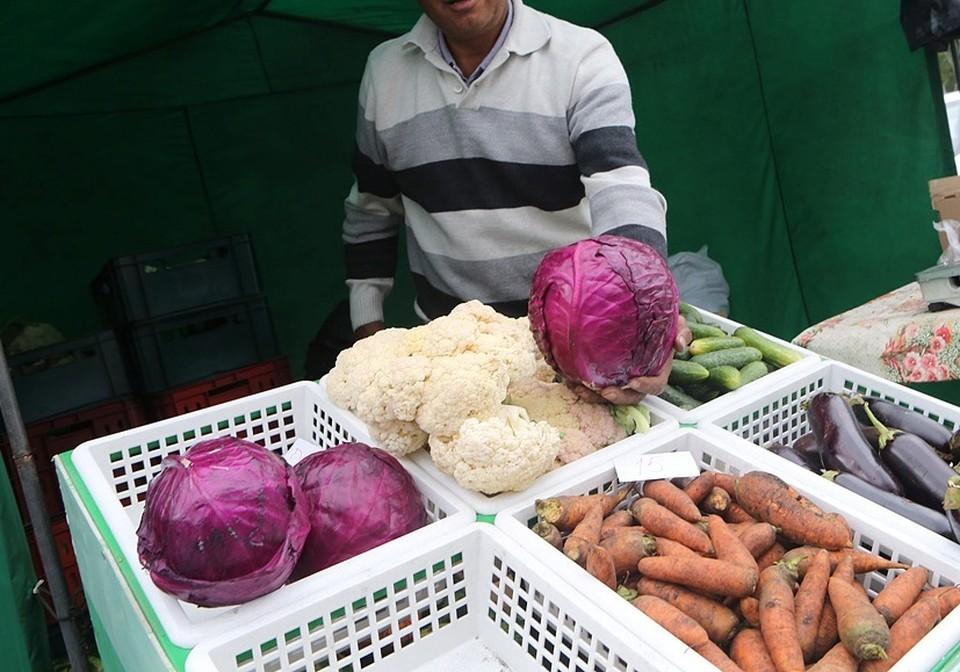 Торговать овощами нужно за 250 метров от дороги!