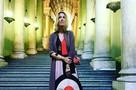 Ксения Собчак за взятку в 3700 евро попала в Ватикан без очереди