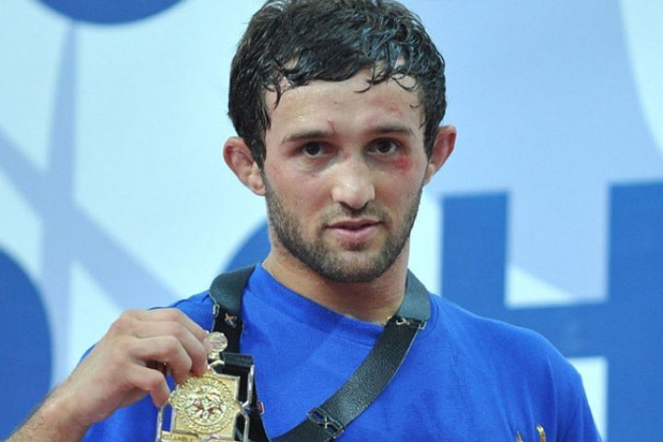 Бесик Кудухов с серебряной медалью Олимпиады в Лондоне. Фото: Kuban.kp.ru