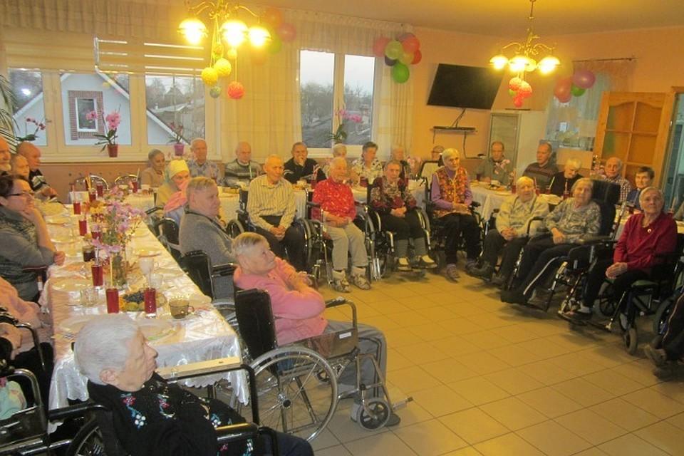 Дом престарелых для военных пенсионеров калининград дом престарелых в отрадном самарской области