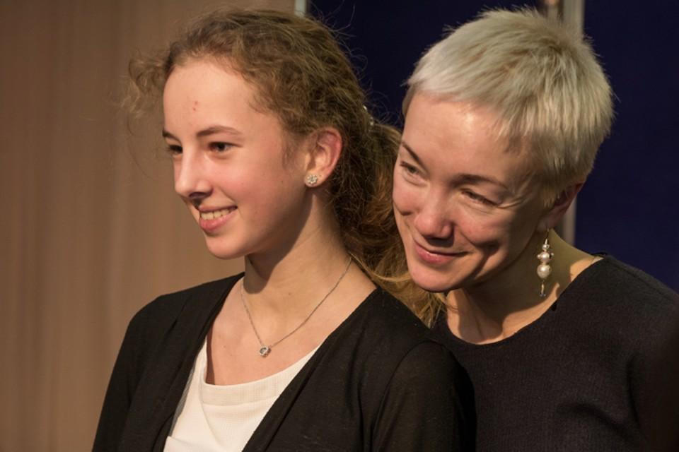 Дарья Мороз встретилась с гимназистами, чтобы поговорить о добре